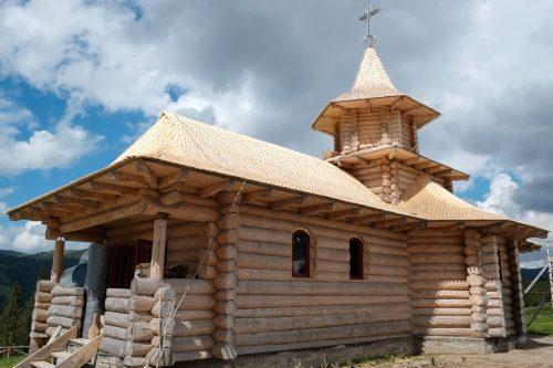 Roumanie, Maramures, col de Prislop, chapelle