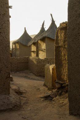 Mali, pays dogon, rue de Fombori