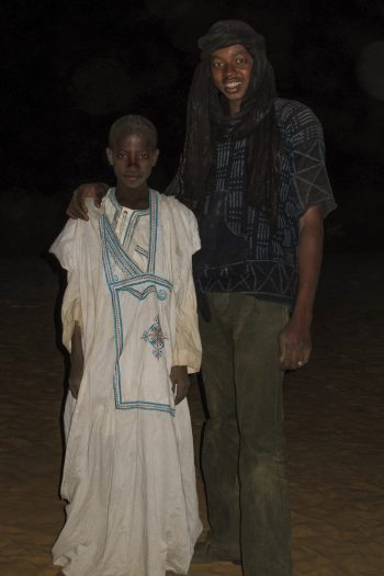 Mohammed a revêtu sa longue robe blanche pour nous faire honneur