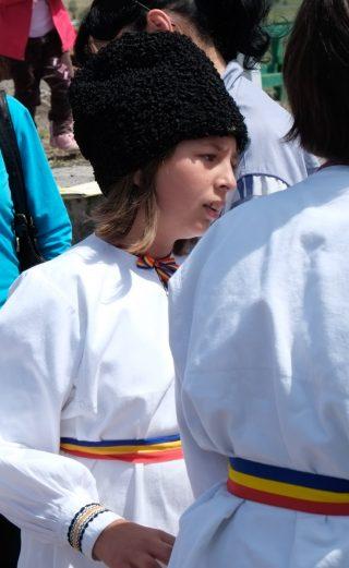 Roumanie, Rupea, enfant en costume