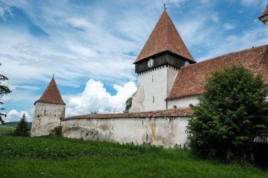 Roumanie, villages saxons, église fortifiée