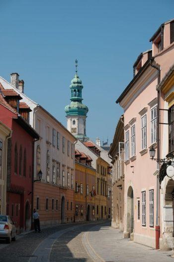 Hongrie, Sopron, une rue